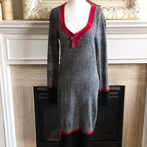 LEO GUY Houndstooth Knit Dress with Bow Detail
